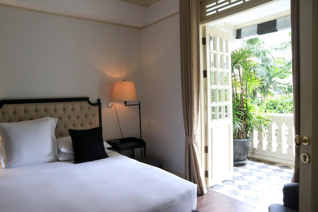 Cabochon Bangkok