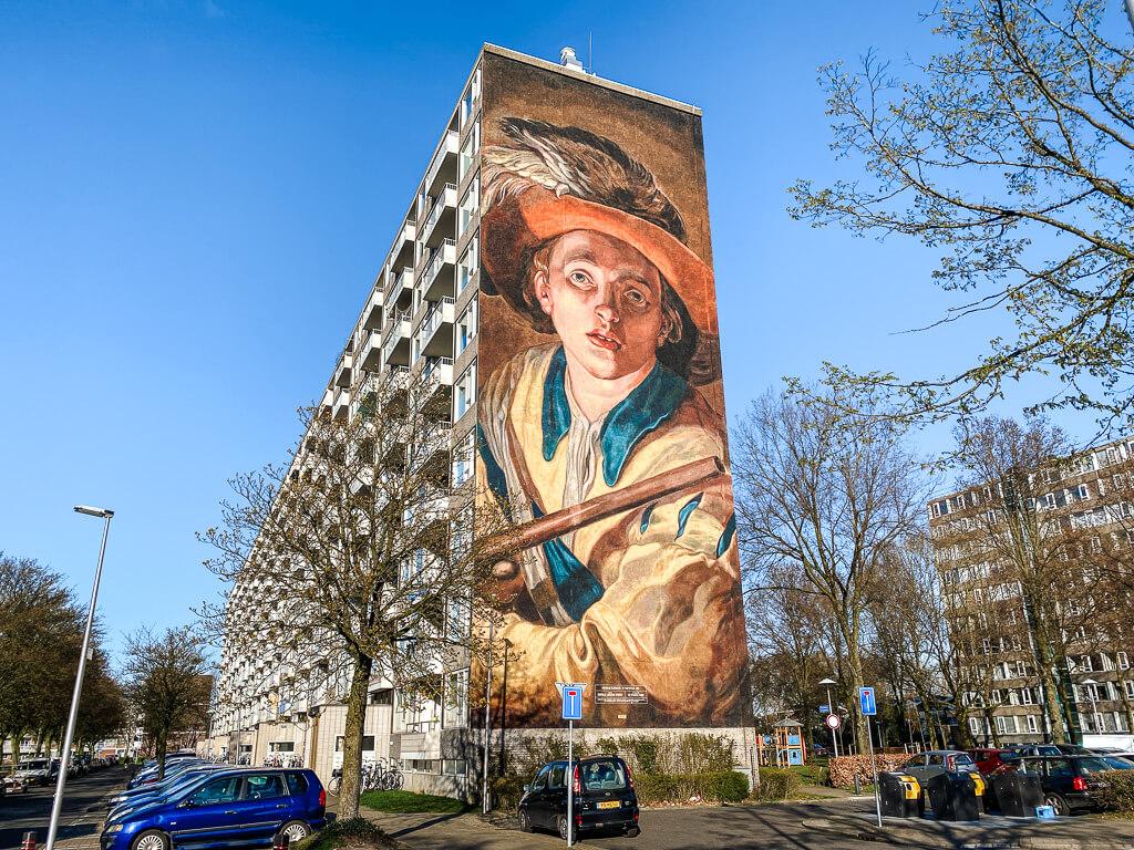 de strakke hand street art in utrecht