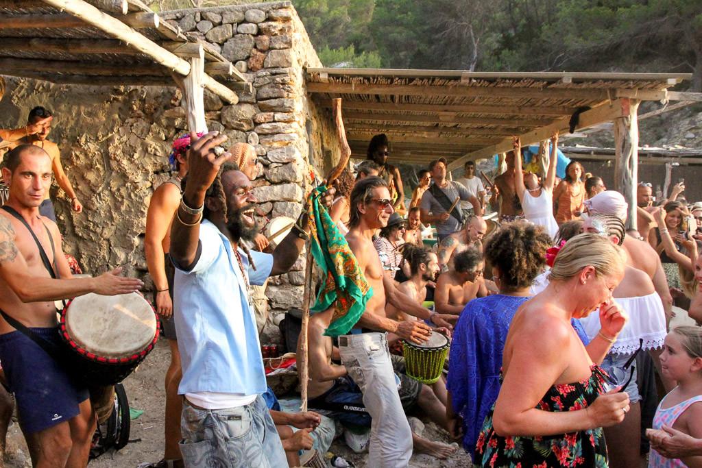 hippiestrand ibiza cala benirras
