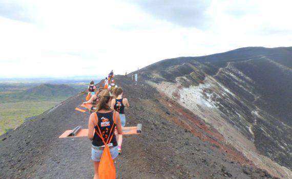 Leon Nicaragua Vulkaan boarden