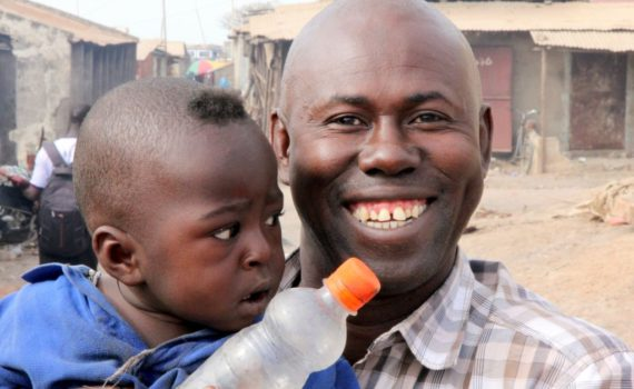 Sarjo: lokale gids Gambia (Kololi)