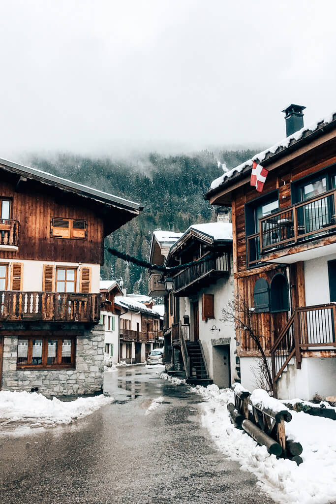 skien in courchevel